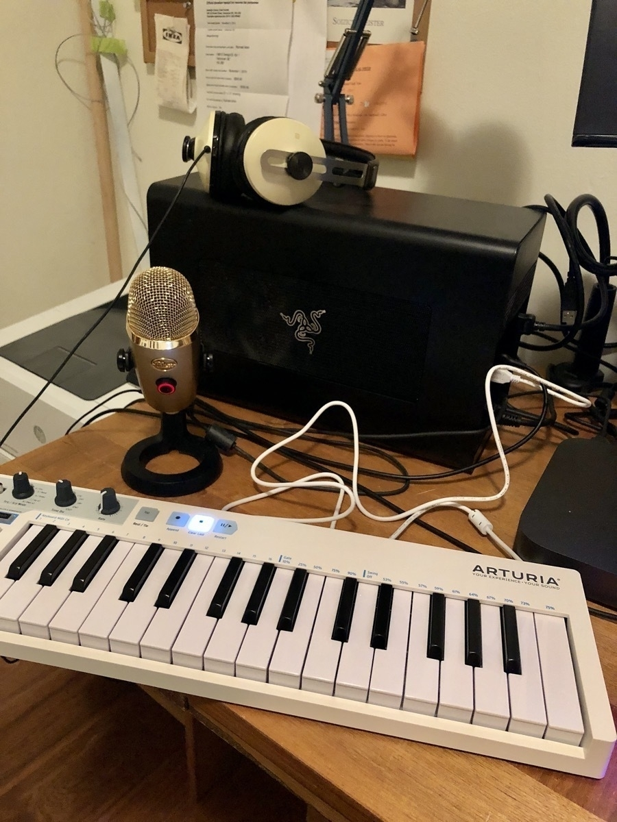 Arturia Keystep plugged in at home